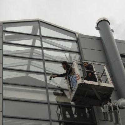 Fassaden- und Fensterreinigung